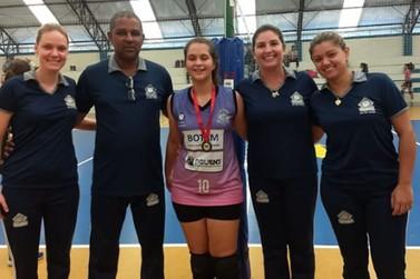 Voleibol pré-mirim feminino de Rio das Pedras conquistou sua primeira vitória