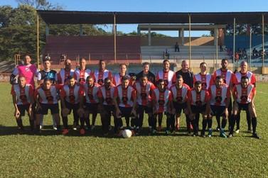 Equipe garantiu a classificação para a próxima fase do torneio