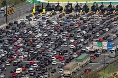 Feriado de Ano Novo deve movimentar 3,6 milhões de veículos nas rodovias