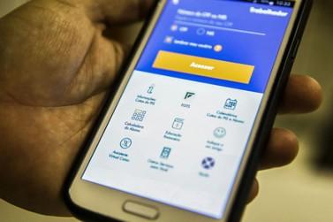 Trabalhador pode solicitar saque de R$ 1.045 do FGTS até quinta-feira