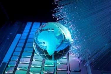 Governo quer levar fibra óptica para 99% dos municípios até 2024