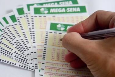 Mega-Sena acumula e pode pagar R$ 7,5 milhões hoje