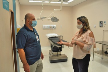 Vereadora Vanessa Botam visita Hospital Ilumina