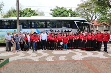 Grupo de idosos representa o Município em festival de dança gaúcha
