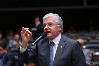 MP pede a suspensão dos diretos políticos do ex-deputado Valdir Rossoni