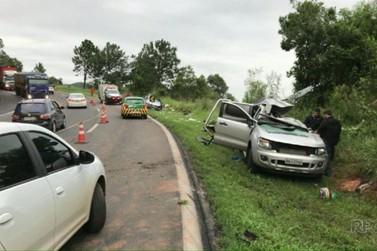 Acidente envolvendo caminhonete na BR-277 deixa três pessoas mortas