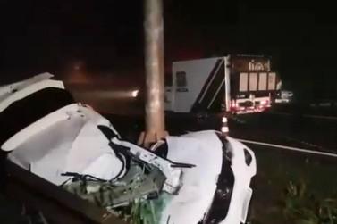 Dentista morre após capotar carro na BR-277