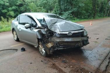 Duas pessoas se ferem em acidente na PR 497, em São Miguel do Iguaçu