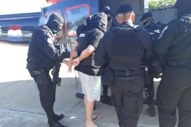 Homem suspeito de chefiar organização criminosa é expulso do Paraguai