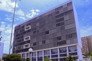 Justiça suspende processo de privatização da Copel Telecom