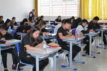 PR vira destaque nacional no ensino de inglês em escolas públicas, diz pesquisa