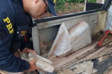 PRF detém peruano com 75 quilos de maconha em Santa Terezinha de Itaipu