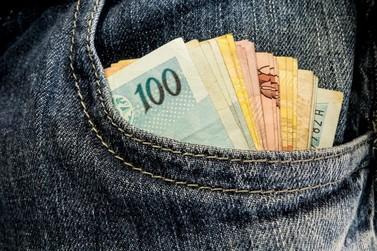 Salário mínimo regional do Paraná será de até R$ 1.599,40, diz governo