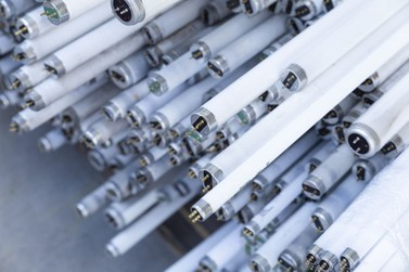 MPPR firma acordo para destinação de lâmpadas fluorescentes no estado