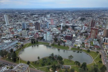Paraná tem queda de mais 33% da receita do ICMS; desemprego chega a 7,9%