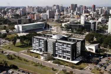 Governo do Paraná propõe congelamento dos salários dos servidores até 2021