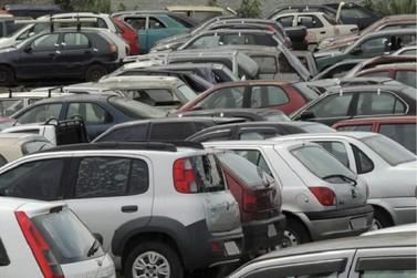 Polícia Rodoviária Federal realiza leilão de veículos e sucatas