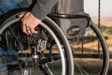 Eleitor com deficiência pode pedir transferência para seção com acessibilidade