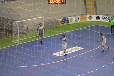 Santa Helena vence Guaíra e se classifica na Chave Bronze; veja os gols