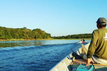 Homem morre afogado após barco virar no Lago de Itaipu