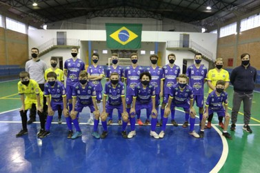 Pela primeira vez, Sub-15 de Santa Helena participa do Paranaense de Futsal