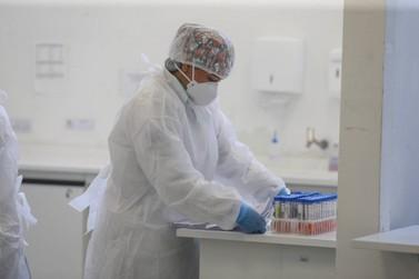 Boletim registra mais 2.333 casos de Covid-19 e 73 óbitos no Paraná