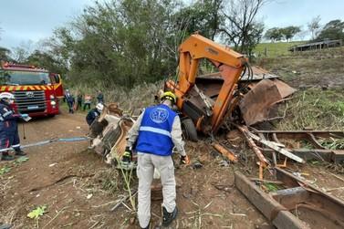 Grave acidente com caminhão deixa uma pessoa morta em Ouro Verde do Oeste