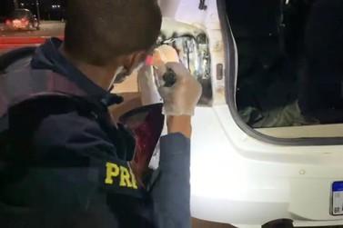 Medicamentos contrabandeados do Paraguai são apreendidos pela PRF na BR-277