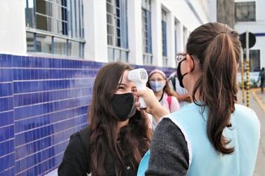 Paraná inicia segundo semestre nesta quarta com mais de 80% das escolas abertas