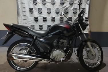 Polícia Civil de Santa Helena apreende motocicleta por manobras perigosas