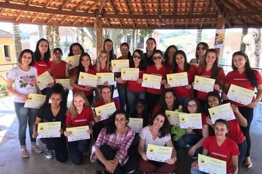 Parceria FAI, Pibid e RP promove Oficinas Pedagógicas em evento de Silvianópolis