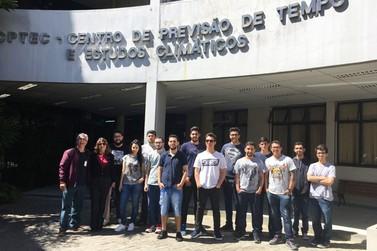 Professor e alunos de Sistemas de Informação da FAI visitam o INPE