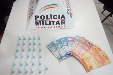 Polícia Militar apreende 31 pinos de cocaína em veículo no centro de Santa Rita