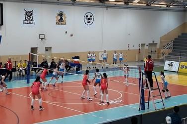 Seleção Brasileira Feminina de Vôlei sub-20 participa de torneio em Sta. Rita
