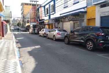 Bandidos rendem comerciantes e roubam R$ 50 mil em joias em Pouso Alegre