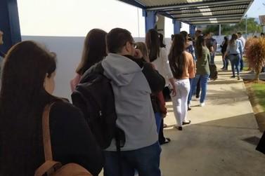 Job Day reúne centenas de pessoas e RHs das maiores empresas de Santa Rita