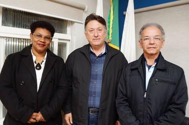 Nova mesa diretora assume Câmara Municipal de Santa Rita do Sapucaí