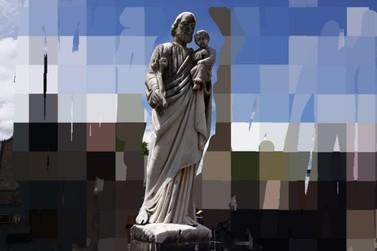 Ladrões furtam esculturas do cemitério de Santa Rita do Sapucaí