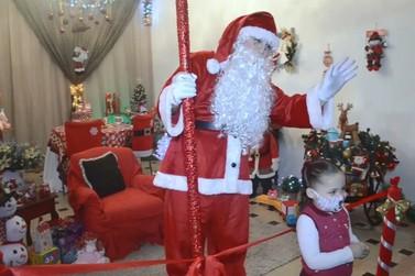 Última noite de visitação à Casa do Papai Noel da Acevale