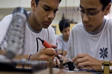 Escolas estaduais abrem vagas para cursos de educação profissional