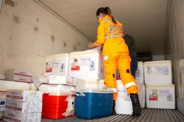Minas distribui mais de 840 mil doses de vacinas