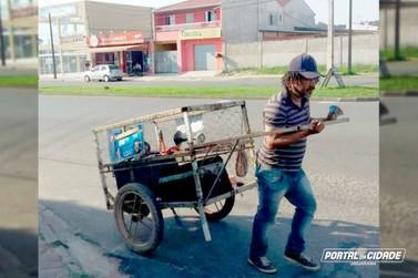 Catador de recicláveis faz história e assume cadeira de vereador preso