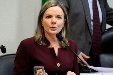 Gleisi muda nome para 'Gleisi Lula Hoffmann' no Senado