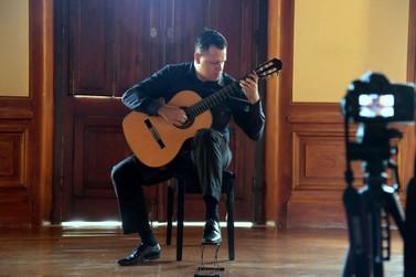 Aniversário de Umuarama terá concerto de violão clássico com entrada franca