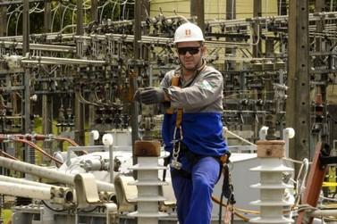 Copel vai reajustar tarifas de energia elétrica em 15,99%