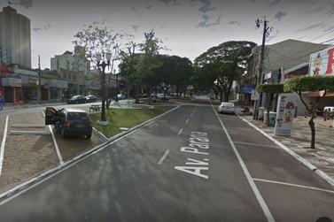 Mulher deixa moto estacionada por 2h e tem carteira furtada em Umuarama