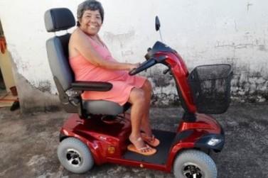 Mulher realiza o sonho de ter quadriciclo após ação de amigos