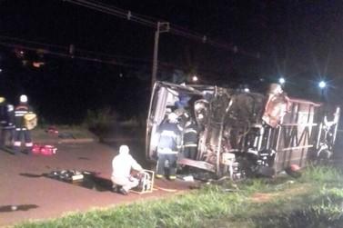 Onze pacientes de Umuarama estavam em ônibus que sofreu acidente
