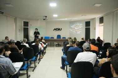 Seminário sobre negócios digitais prepara MEI e micro para o mercado