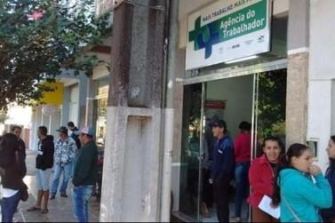 Cooperativa abre 800 vagas de emprego com salário de até R$ 2 mil, em Ubiratã